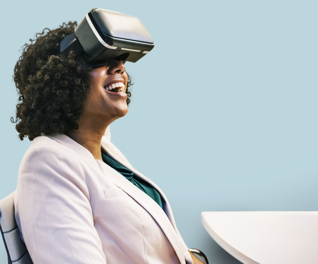 Virtual reality and pain relief